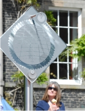 Sundial - Macmillan Hunter