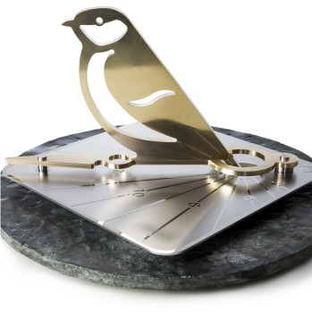 Commission a sundial